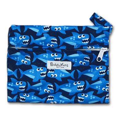 ws026_baby_shark_small_wet_bag